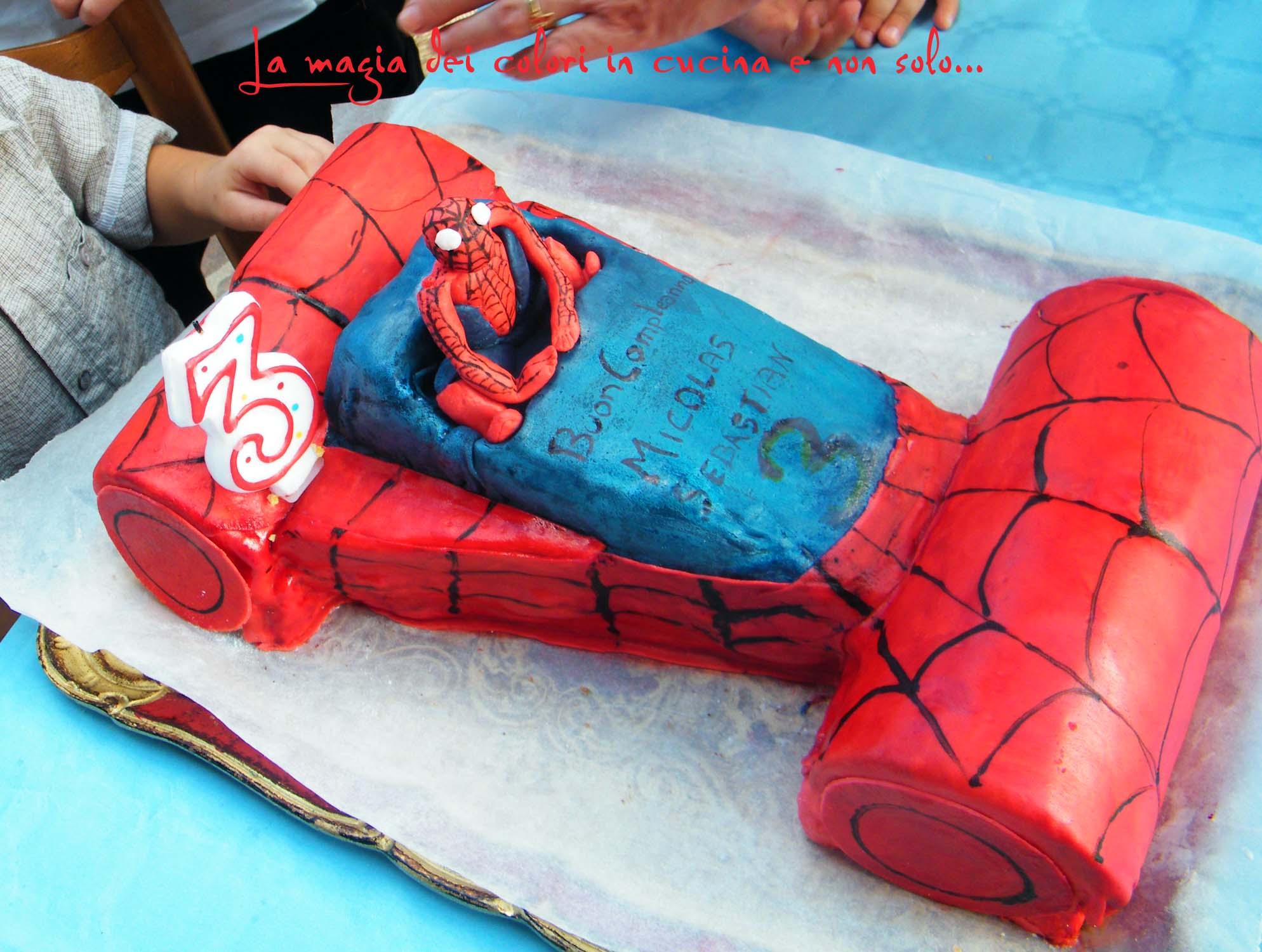 Macchina dell uomo ragno per il terzo compleanno di - Immagini da colorare dell uomo ragno ...